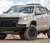2022 Chevy Colorado Off Road App Bed Headlights Floor