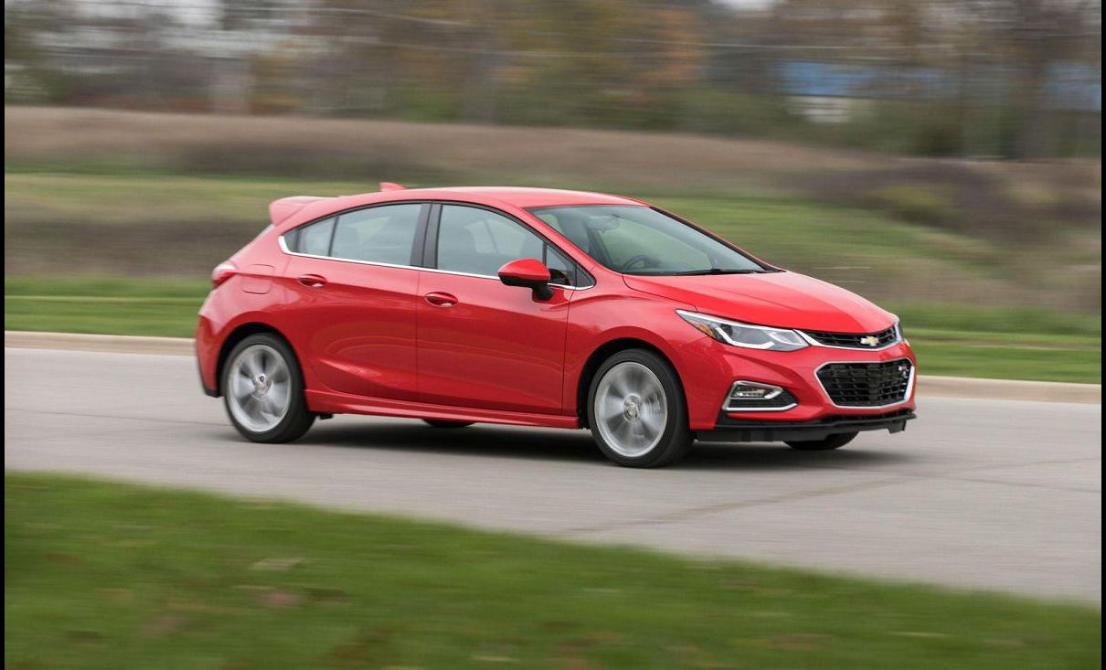 2021 Chevy Cruze Hatchback All New Model Premier Pictures