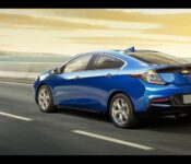 2021 Chevy Volt Bolt Ev Suv Euv News Costs