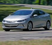 2021 Chevy Volt Seats Images Review Refresh Premier Interior