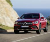 2022 Mercedes Benz Glc Features Pictures Glc200 Glc63 Glc250d
