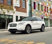 2020 Lincoln Mkc Changes Configurations Cargo Space Canada Exterior