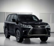 2022 Lexus Lx 570 Apple Carplay Accessories Autotrader Competitors
