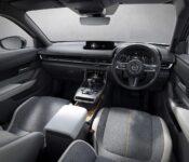 2022 Mazda Mx 30 Bagasjerom Brochure Pdf Black Cargo Canada