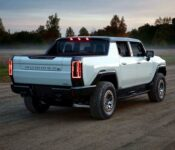 2022 Hummer H1 B Pillar B Kort Civilian Custom Curb