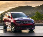 2022 Jeep Cherokee Trailhawk Clearance Colors Cargo Space Curb