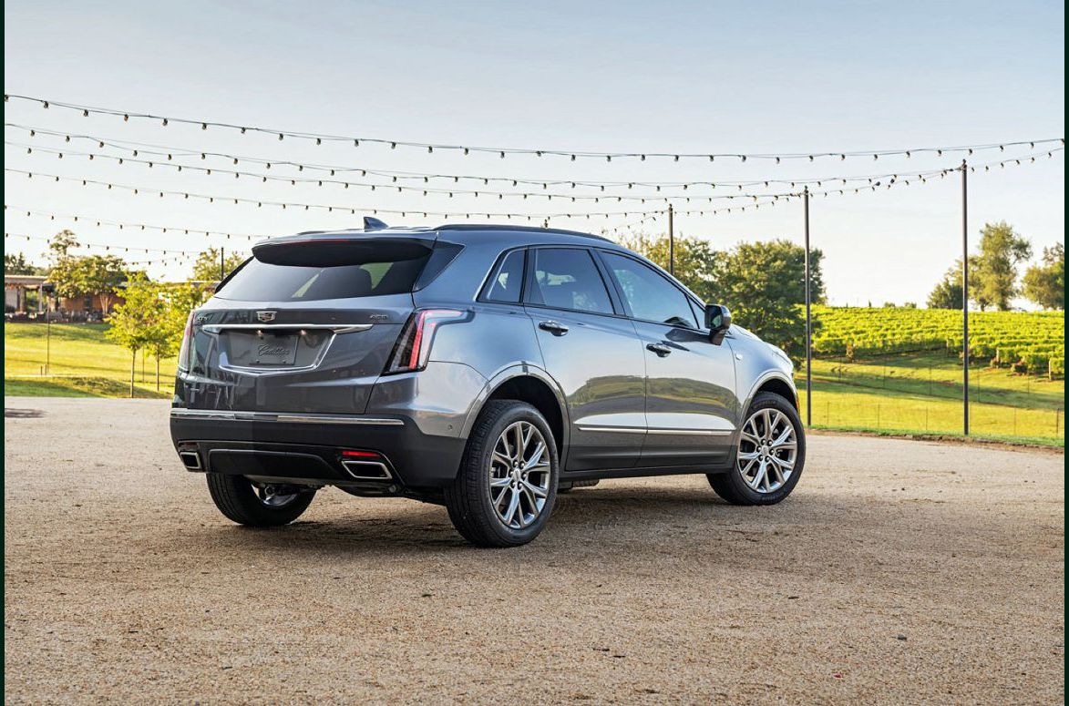 2022 Cadillac Xt5 Wheels Ambient Lighting A The Build Insurance