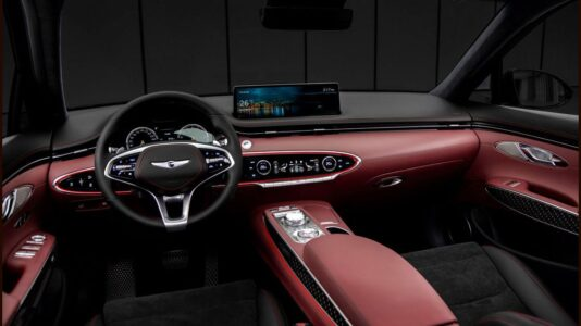 2022 Genesis Gv70 Drive Deutschland Dubai Diesel Engine Electric