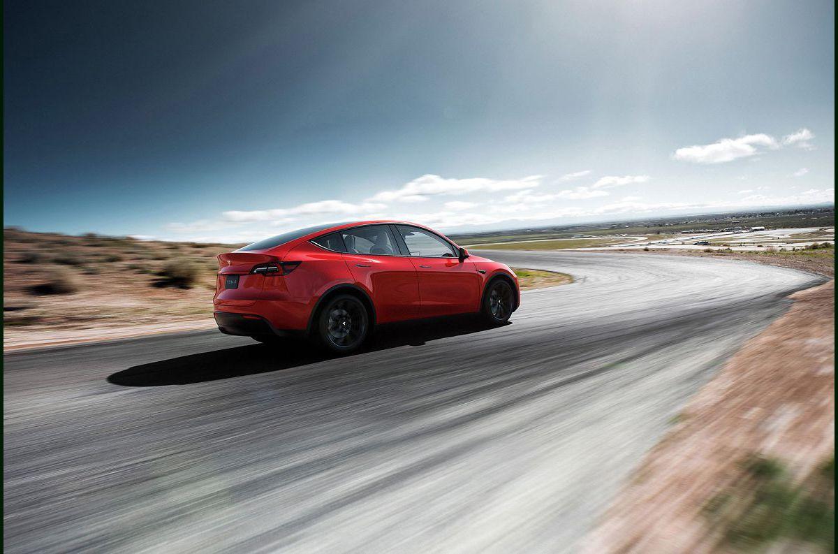 2022 Tesla Model Y Mats Air Suspension Autopark A Lease