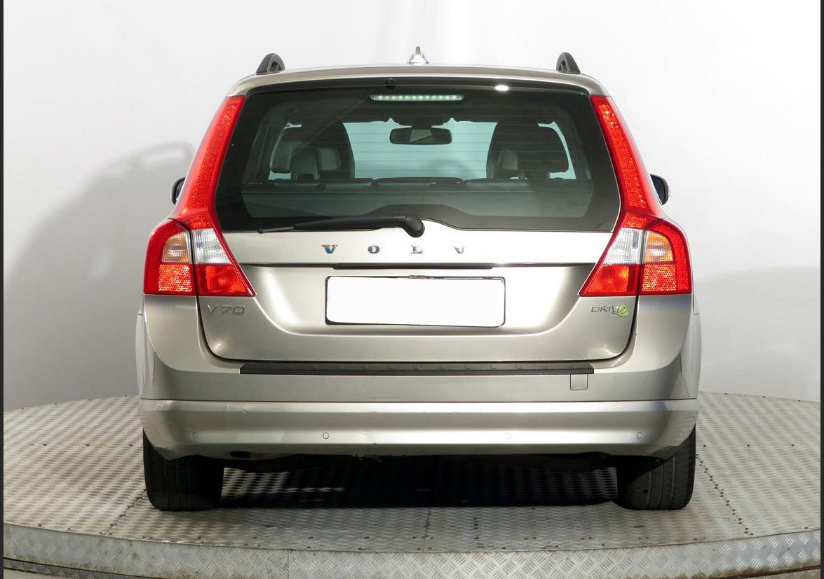2022 volvo xc70 what is tires battery how to lift required