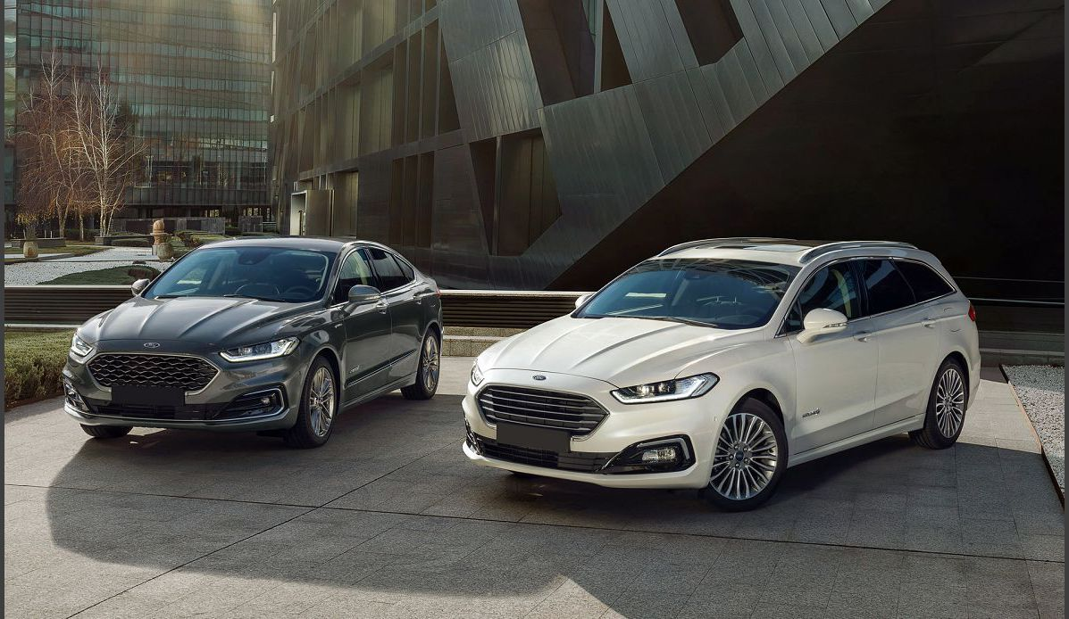 2022 Ford Fusion Crossover Style Wagon Active Inside