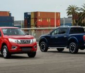2022 Nissan Frontier Light Flashing Apple Carplay Arb Bumper