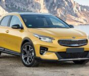 2022 Kia Xceed Grey Crdi Precio Uvo Connect Mhev