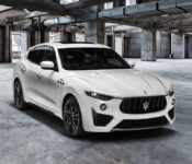 2022 Maserati Levante Awd Lampy Tyl How Reliable Is Exterior