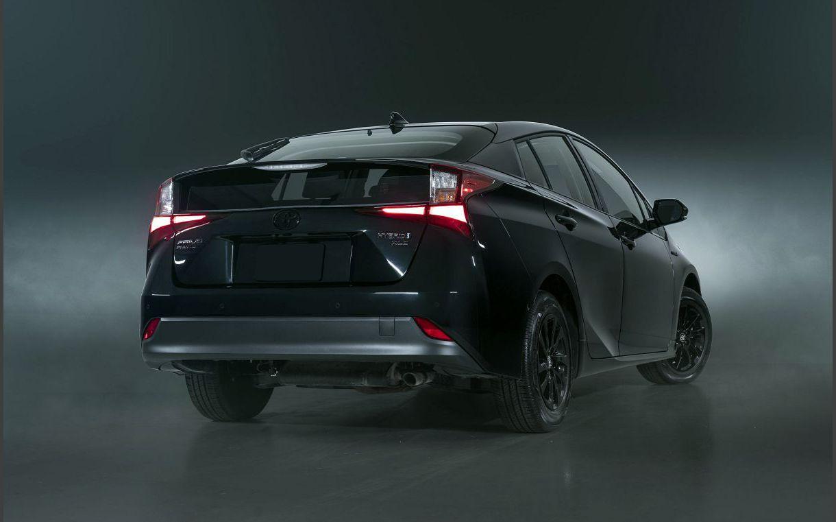 2022 Prius Nightshade Catalytic Converter Accessories All Electric Air