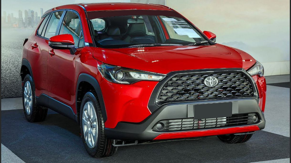2022 Toyota Corolla Cross There A What Car Suv Pakistan Drivetrain