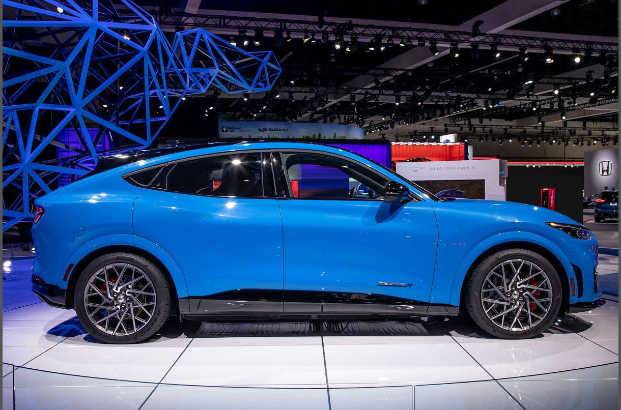 2022 Ford Mach E A Order Charging Of Battery Blue