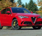 2022 Alfa Romeo Stelvio 7 Seater Levante Veloce Restyling Nuevo