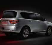 2023 Nissan Armada Accessories Apple Carplay Air Suspension